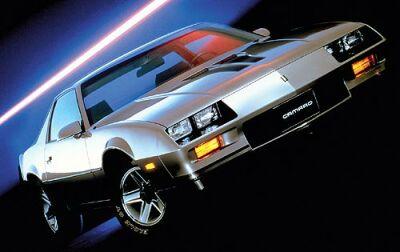 chevrolet-camaro-1983a