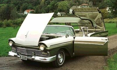 ford-fairlane-skyliner-1957a