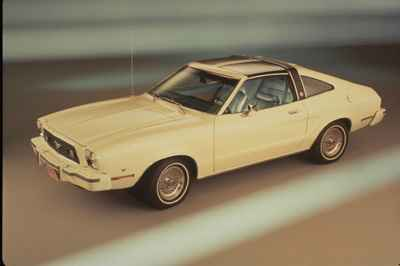 ford-mustang-1977a
