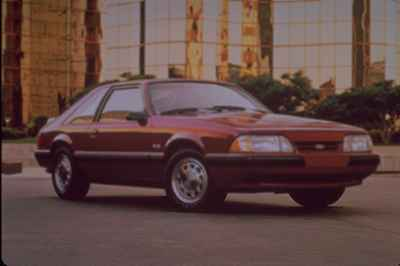 ford-mustang-1988a