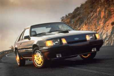 ford-mustang-svo-1984a