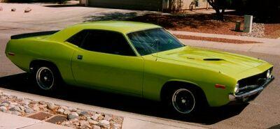 plymouth-cuda-1972a